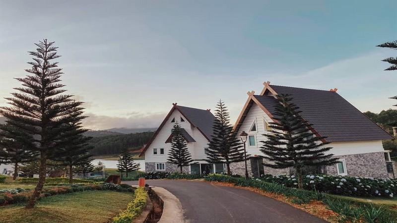 Combo 3N2Đ DaLat Wonder Resort Trọn Gói Vé Máy Bay Khứ Hồi