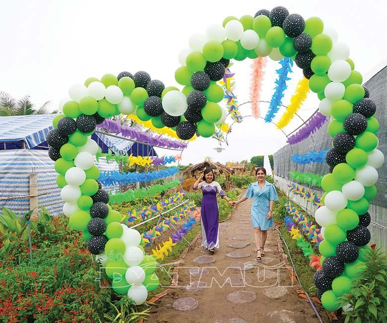 , Vườn dâu tây Cà Mau Farm Điểm du lịch mới cho tuổi teen