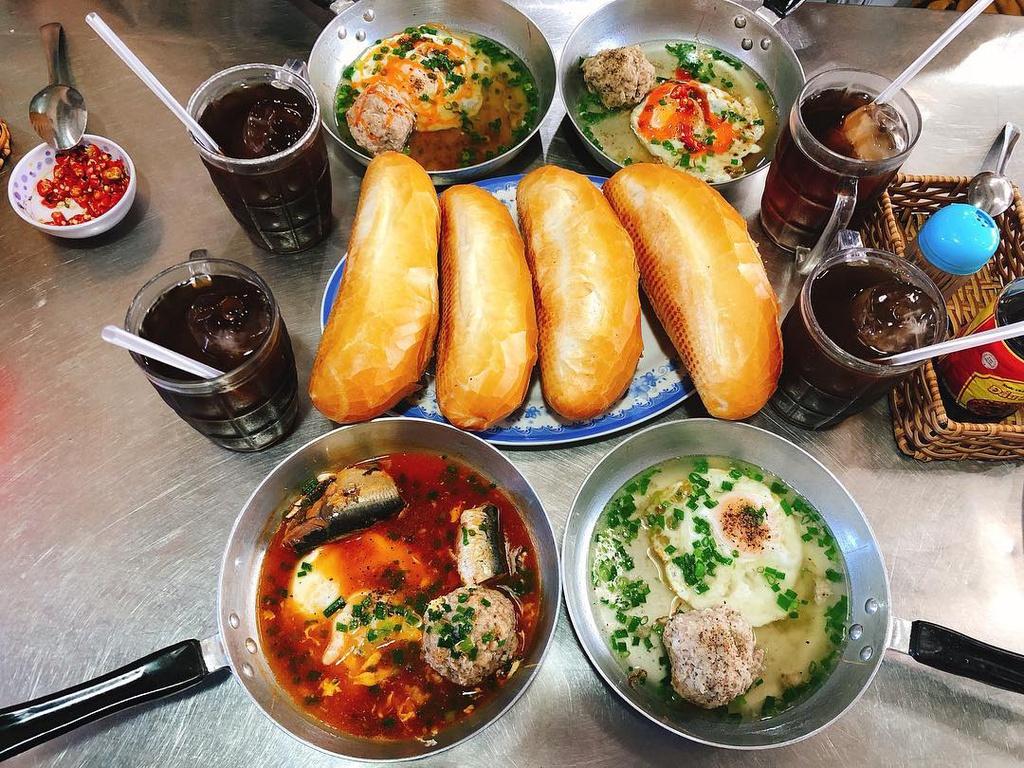 Bánh khọt và loạt món ngon ở Vũng Tàu