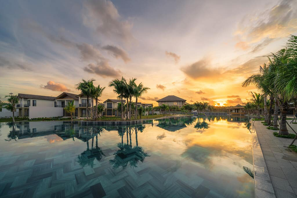 Combo 3N2Đ New World Phú Quốc Resort Trọn Gói Vé Máy Bay Khứ Hồi